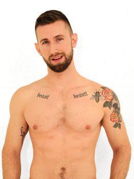 male muscle gay porn star Troy Daniels | hotmusclefucker.com